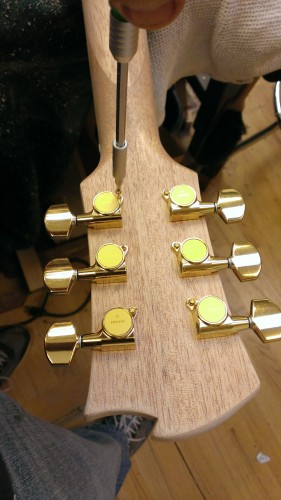Attaching the tuning machines